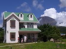 はなずきんの日記帳-緑の丘のすてきなお家